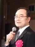 挨拶する飯泉県知事