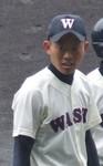 あわや本塁打という二塁打を放った県和歌山商・福田捕手