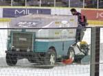 スヌーピーも大好きな整氷車