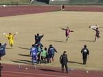 勝利の瞬間、喜ぶセレッソの選手たち