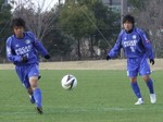 3点目を決めた高田(左)と2点目を演出した日浦(右)